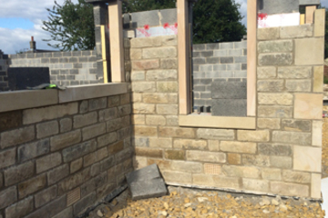 Reclaimed Yorkstone walling for builders